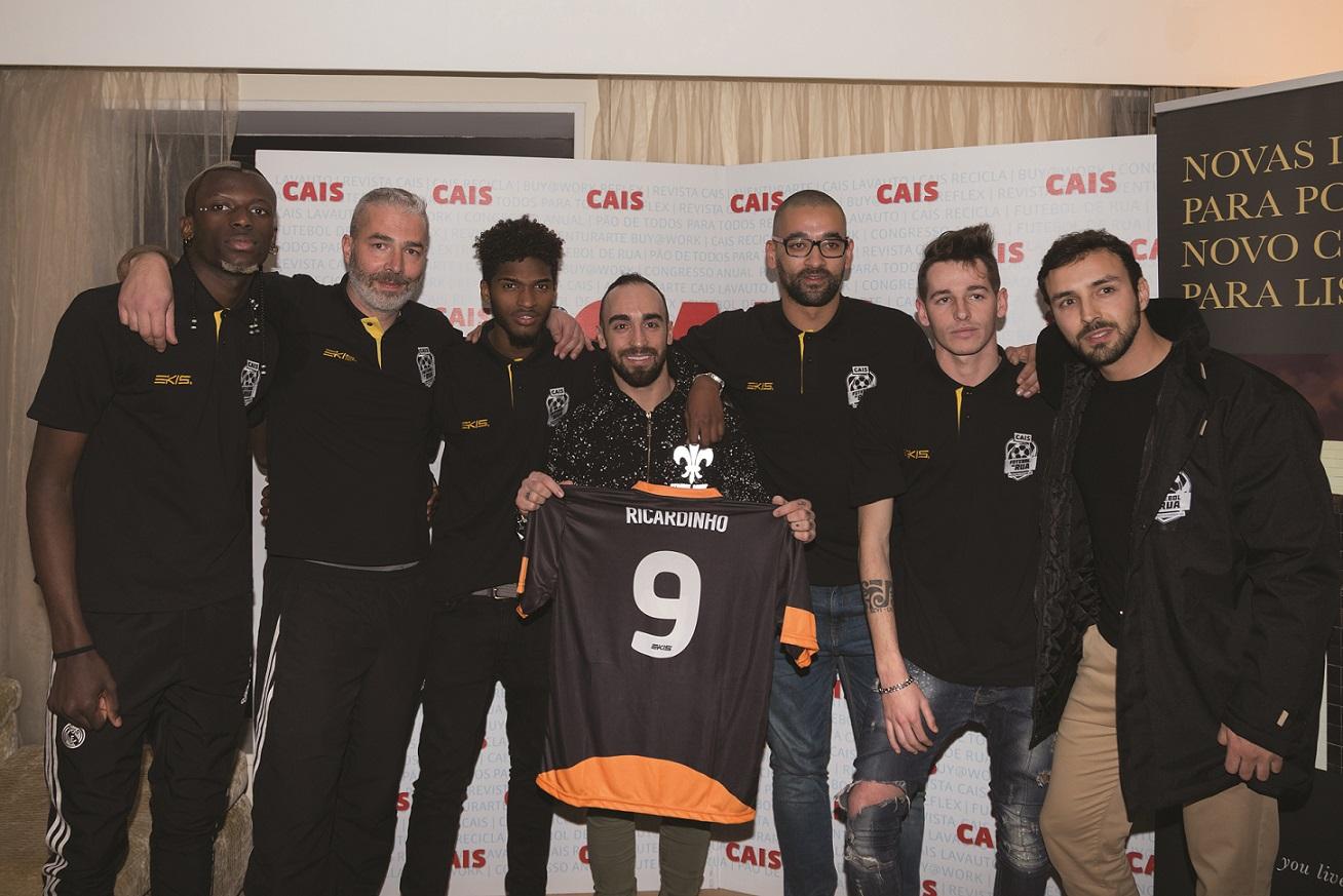 Ricardinho Embaixador do Projecto Futebol de Rua 2017