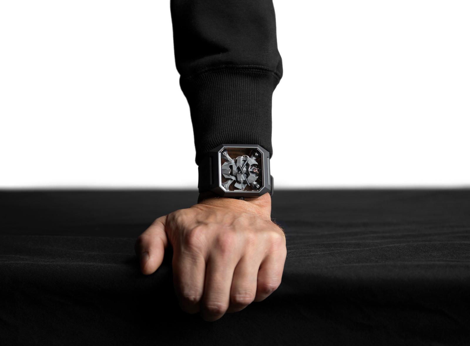 Quebrar os códigos tradicionais da relojoaria