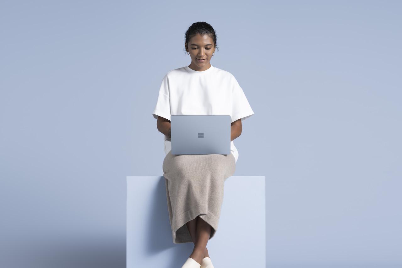 Laptop versátil e leve para o quotidiano